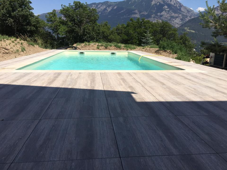 Passion piscines construction piscine gap hautes alpes for Budget construction piscine
